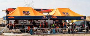 Fahrerlager des KTM Rallye Racing Teams der Kakar Rallye 2021